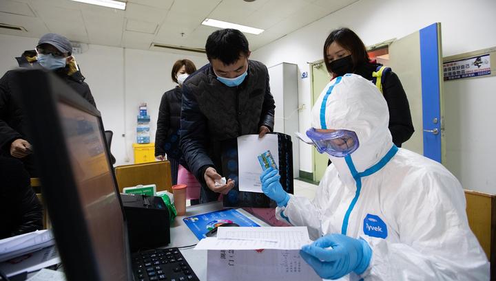 Ухань и Хуанган в блокаде, жители в панике сметают продукты
