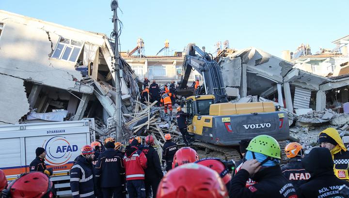 Землетрясение в Турции: число погибших выросло до 21