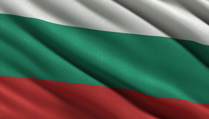 Голословно обвиненные в шпионаже российские дипломаты покинули Болгарию