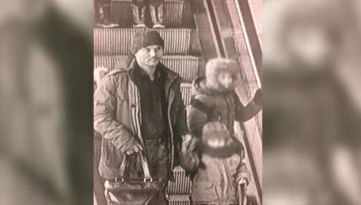 Найдена мать детей, которых отец бросил в Шереметьеве