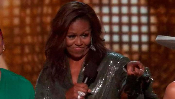 Мишель Обама получила премию Grammy за свои мемуары