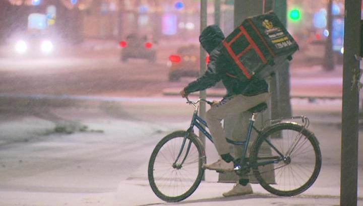Москву накрыл мощный снегопад