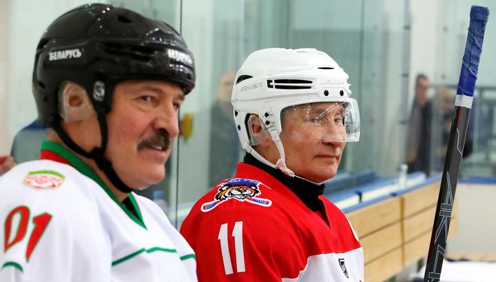 """После хоккея Путин и Лукашенко провели """"второй тайм переговоров"""""""