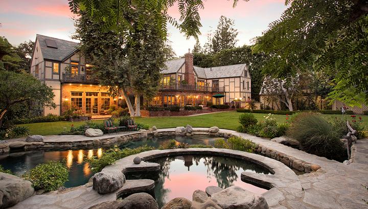Джефф Безоc купил один из красивейших особняков в мире
