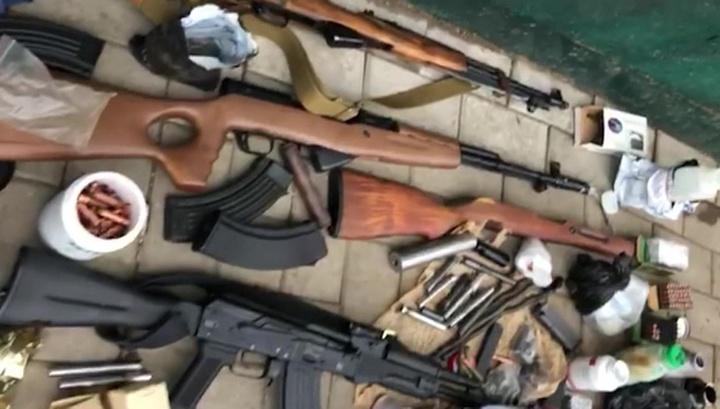 Из гражданского в боевое: ФСБ задержала группу подпольных оружейников