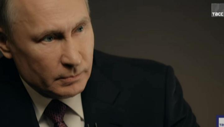 Здесь рассусоливать нельзя: Путин рассказал, как принимал решение об отставке правительства