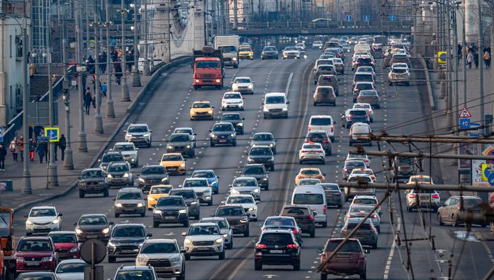 Минпромторг предложил повысить налог на старый коммерческий транспорт