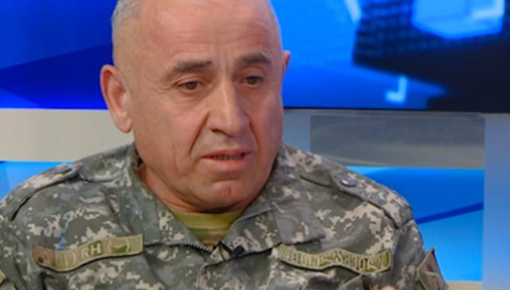 """Киев обещал генералу """"красивую жизнь"""" за слова о """"выдумке Кремля"""""""