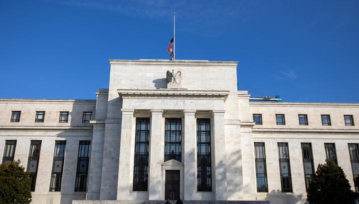 Экс-управляющий ФРС Кевин Уорш выступил за немедленное снижение ставок