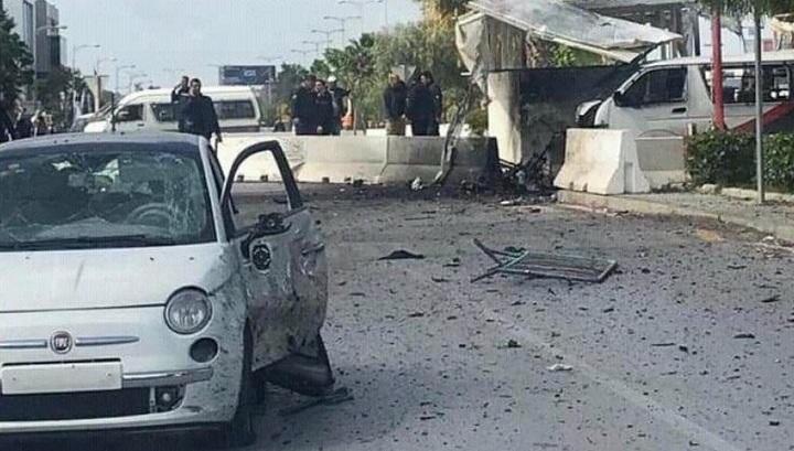 Посольство США в Тунисе атаковали два смертника