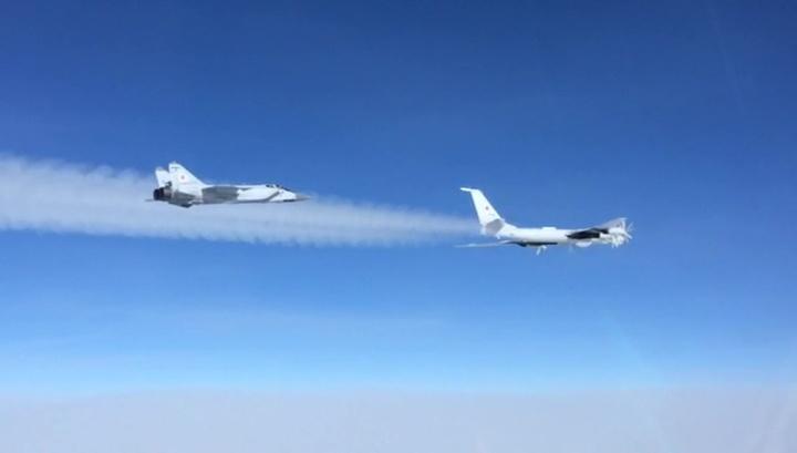 Ту-142 пролетели над двумя океанами