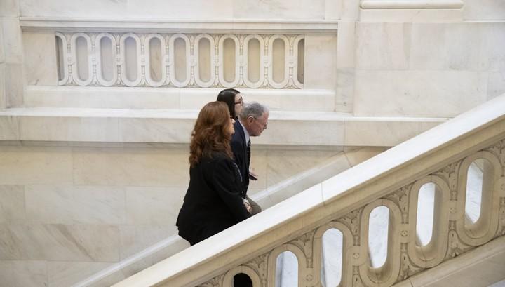 Сенат не одобрил пакет стимулов для борьбы с коронавирусом