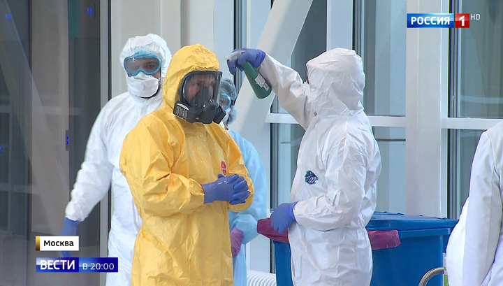 Президент ознакомился с работой врачей, борющихся с коронавирусом
