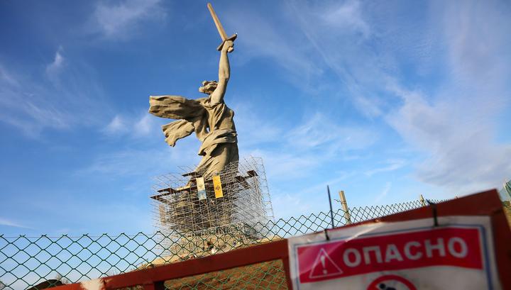 """Реставрация скульптуры """"Родина-мать"""" в Волгограде подходит к концу"""