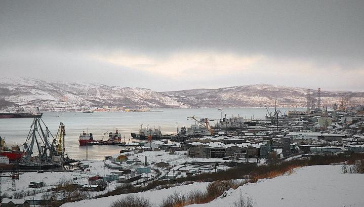 Экипажам судов из-за границы запретили сходить на берег в Мурманске и Кандалакше