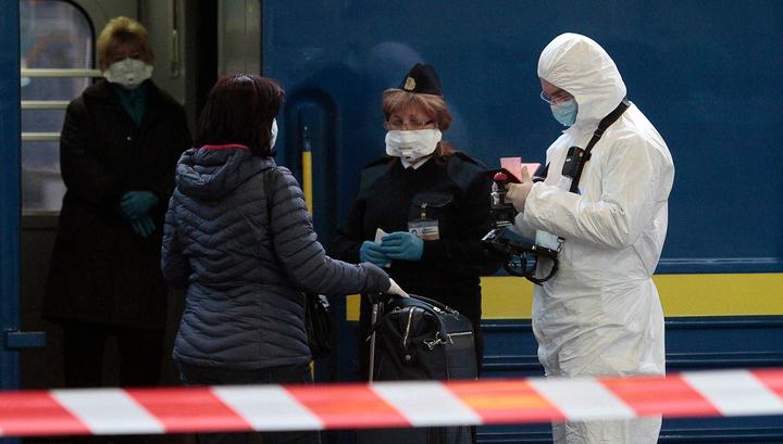 Спецпоезд везет из Киева в Москву более 700 россиян