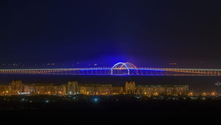 """В """"Час Земли"""" впервые отключали подсветку арок моста через Керченский пролив"""