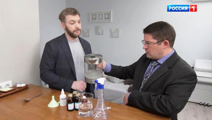 Физраствор, чеснок и спирт: эксперт развеял мифы о способах борьбы с вирусом
