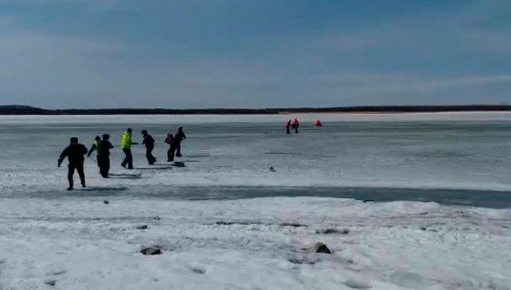Хабаровский пенсионер провалился под лед на реке Амур