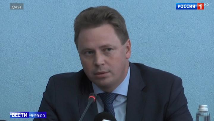 Два резких слова в аэропорту внезапно изменили карьеру экс-губернатора Севастополя