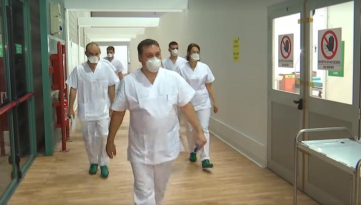 В Италии российские врачи приняли первых больных с коронавирусом