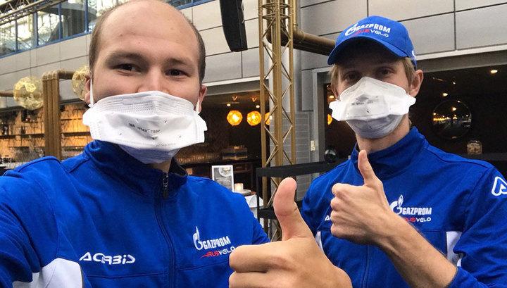 """Велогонщики """"Газпром-Русвело"""" вылечились от коронавируса и вернулись из ОАЭ в Россию"""