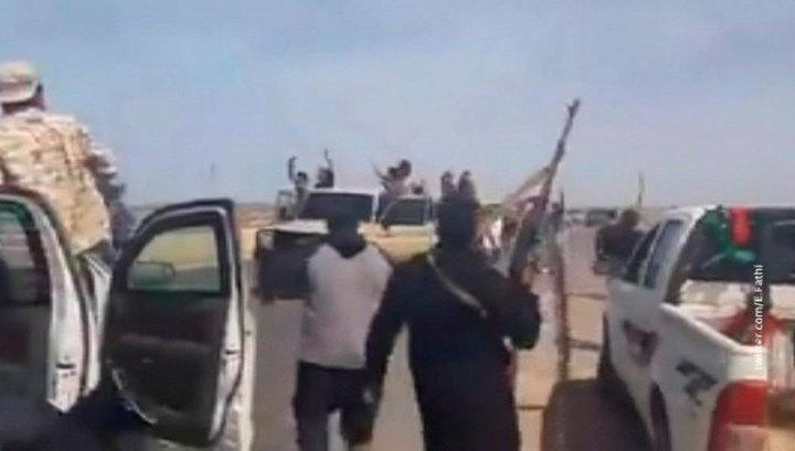Войска Сарраджа заняли побережье Ливии от Триполи до границы с Тунисом