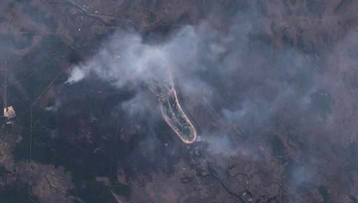 Чернобыльская зона отчуждения продолжает гореть, Киев накрыла пыльная буря