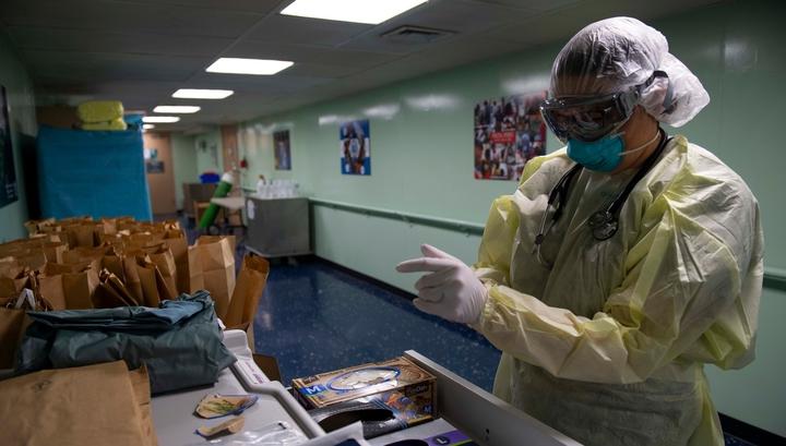 В США COVID-19 унес жизни 45 тысяч человек