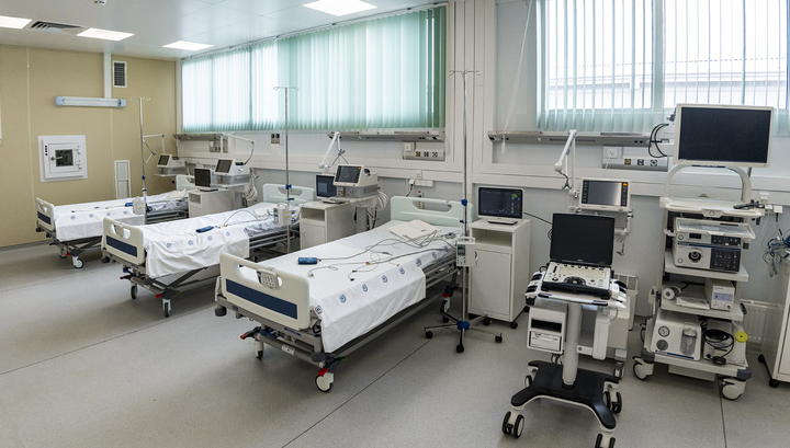 Больницы Москвы частично возвращаются к плану. Врачи помогут регионам