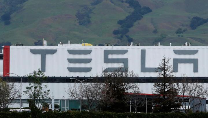 Tesla планирует сама производить аккумуляторы на новом заводе