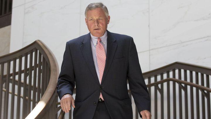ФБР подозревает сенатора США в использовании инсайдерской информации о коронавирусе