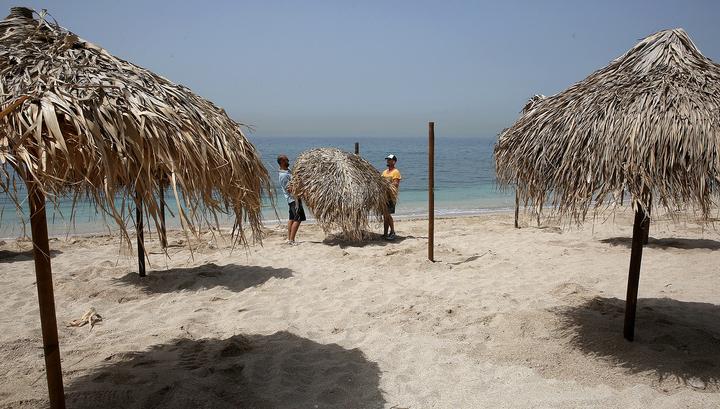 В Греции открываются пляжи