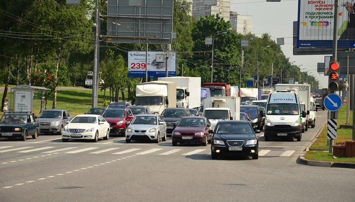 В Москве начали отменять штрафы за езду без пропуска