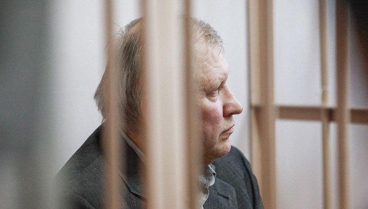 Организатор убийства Старовойтовой попросил об УДО