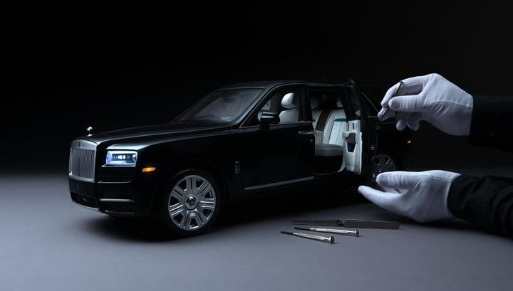 """Rolls-Royce выпустит """"младшего брата"""" кроссовера Cullinan"""