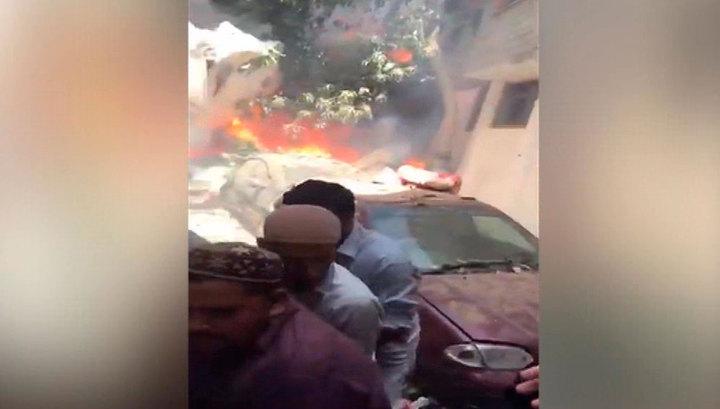 Минздрав Пакистана: в авиакатастрофе в Карачи выжили два человека