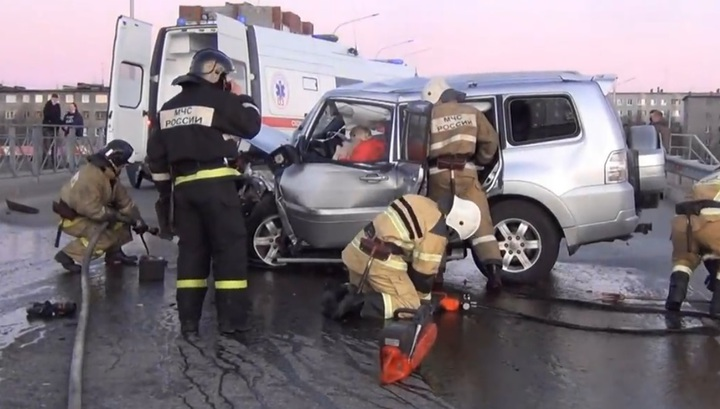 В Мурманской области нетрезвая женщина устроила смертельное ДТП, уходя от полиции