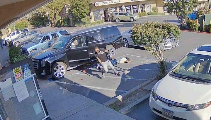 Случайный свидетель получил ранение в перестрелке на парковке в США. Видео
