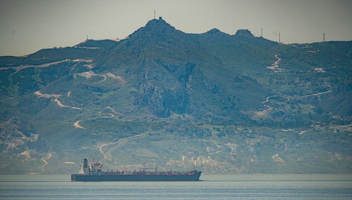 Первый иранский топливный танкер достиг вод Венесуэлы