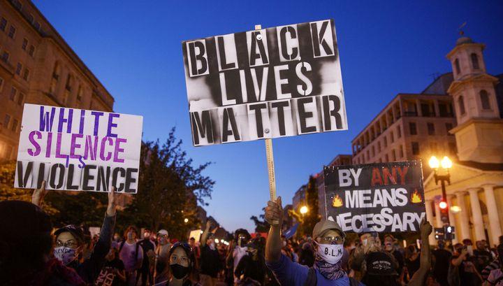 Джонсон: власти США должны выплатить $14 триллионов чернокожим за времена рабства