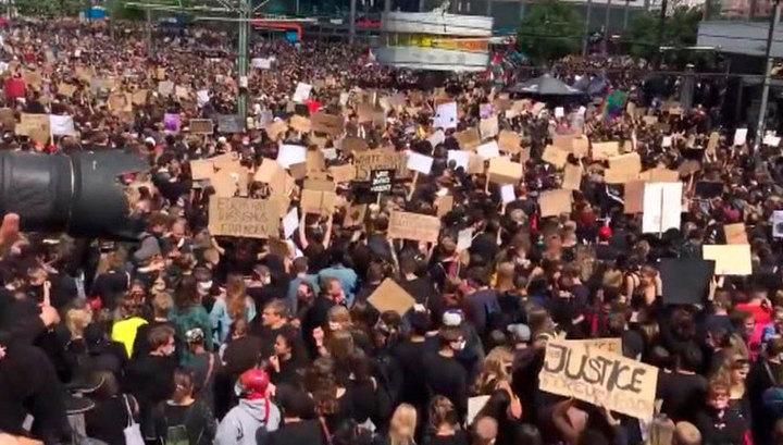 Акции протеста против расизма и полицейского произвола проходят по всей Европе