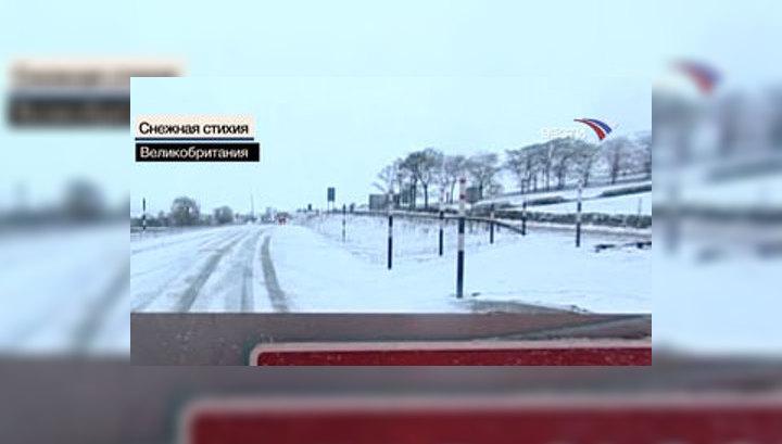 На Британию и США обрушились снегопады