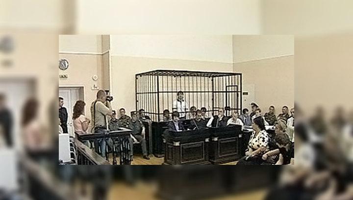 """Обвиняемые по """"кондопожскому делу"""" просидят в тюрьме до октября"""