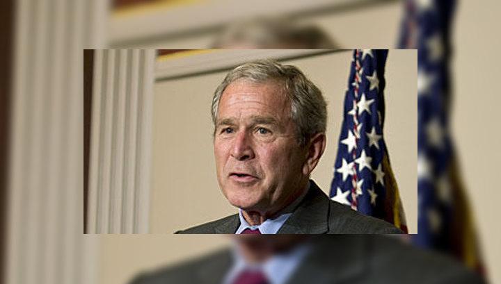 Буш: США осуждают решение президента России ©EPA