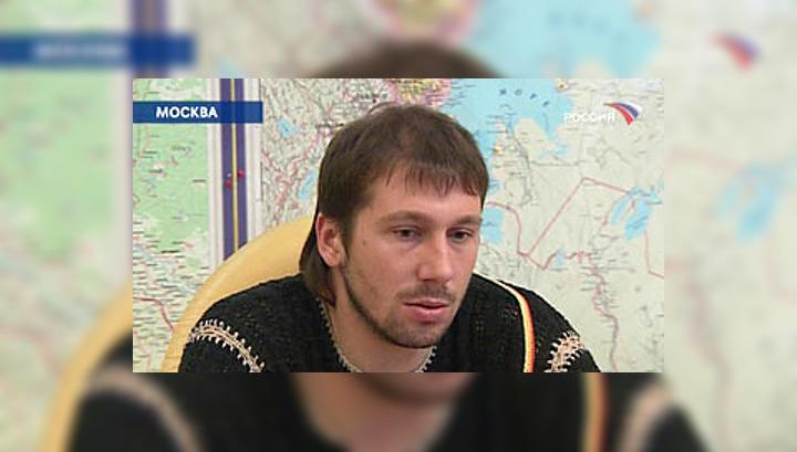 Пока Евгений Чичваркин скрывается за границей от следствия, в России из-за него вспыхнул конфликт между следственным комитетом при прокуратуре и милицией