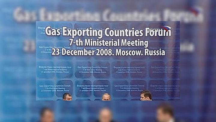 Путин: газовую сферу не нужно мешать с политикой