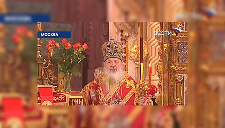 В Храме Христа Спасителя в Пасхальной службе участвовали более 5000 верующих