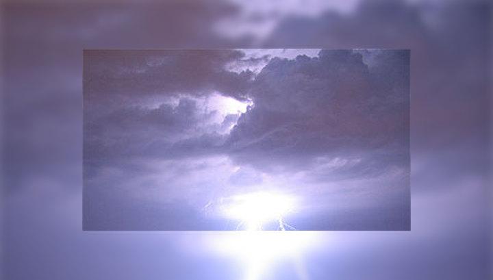 В понедельник атмосферный фронт принесет в Москву кратковременные дожди и грозы