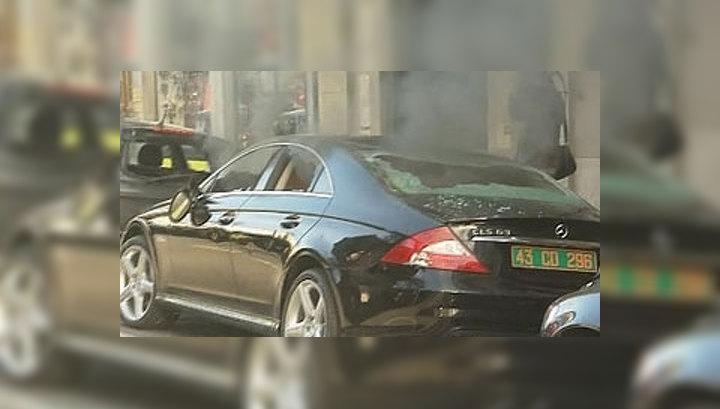 На улицах Афин горят машины